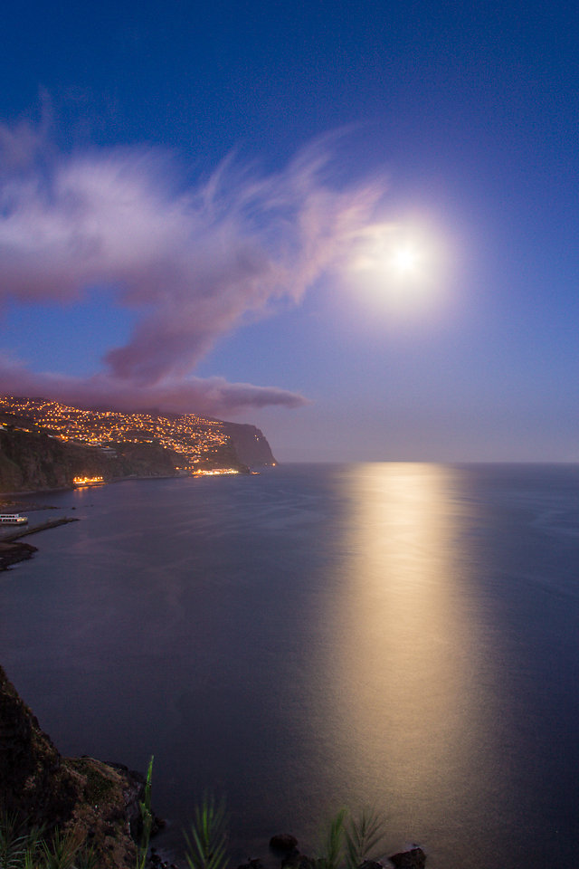 Moonrise over Ribeira Brava